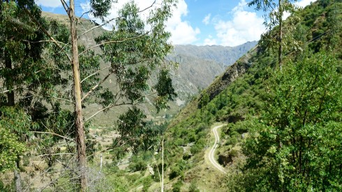 We drove up the narrow road to the Pumamarca campsite